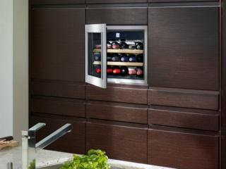 Выбор винного шкафа на примере моделей Electrolux